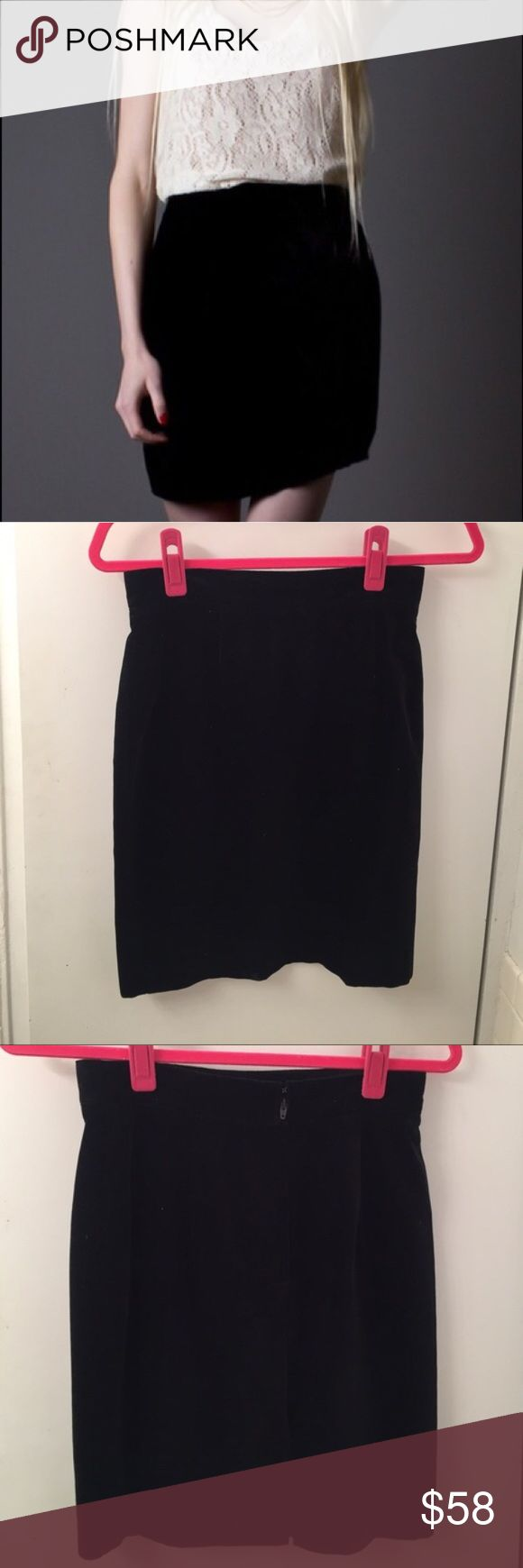 """Vintage Benetton Velvet Skirt Vintage Benetton Velvet Skirt Black. Waist 26.5"""". Length 29.5"""". Mint vintage condition.         INSTAGRAM:  @unionsquaremama United Colors Of Benetton Skirts Mini"""