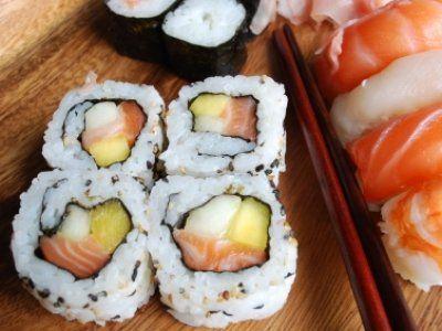 Receta de Sushi de Mango y Salmon