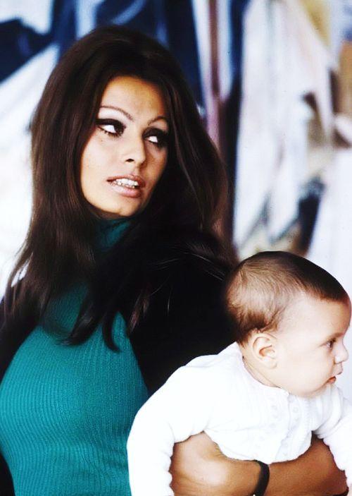 Sophia Loren and new baby, Carlo Ponti Jr. Photograhed by Alfred Eisenstaedt, 1969