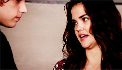 The way brandon looks at Callie without her noticing .... 1x14 the fosters...brallie