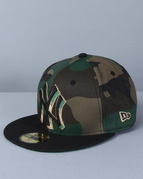 Camo NY Yankees hat :D