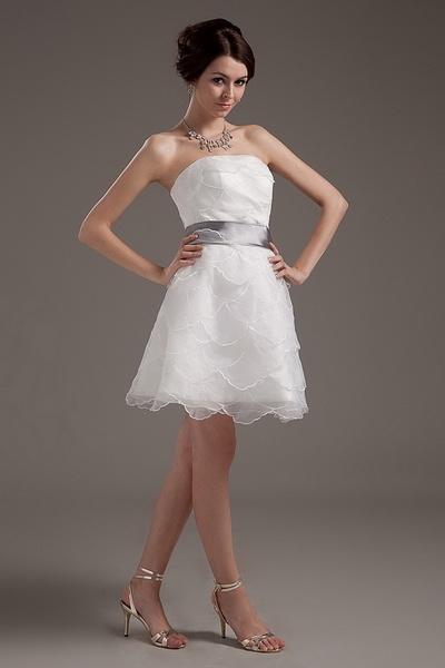 Weekly Special Product: Ivory Organza A-Line Hochzeitskleid ma3374 - Order Link: http://www.modeabendkleider.de/ivory-organza-a-line-hochzeitskleid-ma3374.html - Farbe: Elfenbein; Silhouette: A-Line; Ausschnitt: Trägerlos; Verzierungen: Layered, Bund, Mat