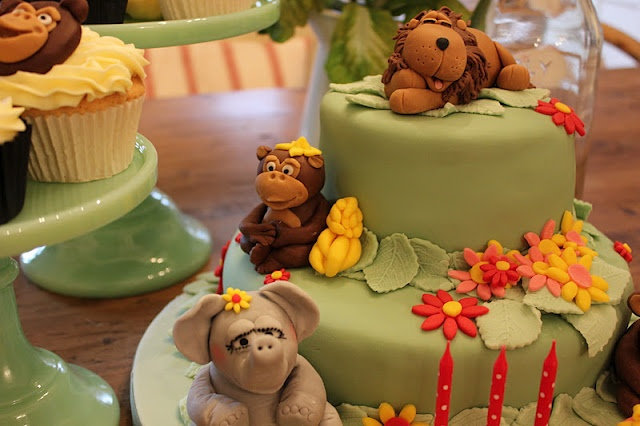 Jungle-themed birthday cake