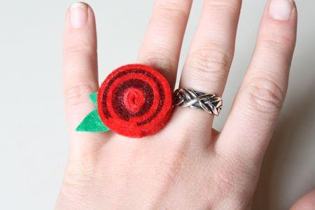 Tutorial: cómo hacer ese anillo de fieltro en espiral
