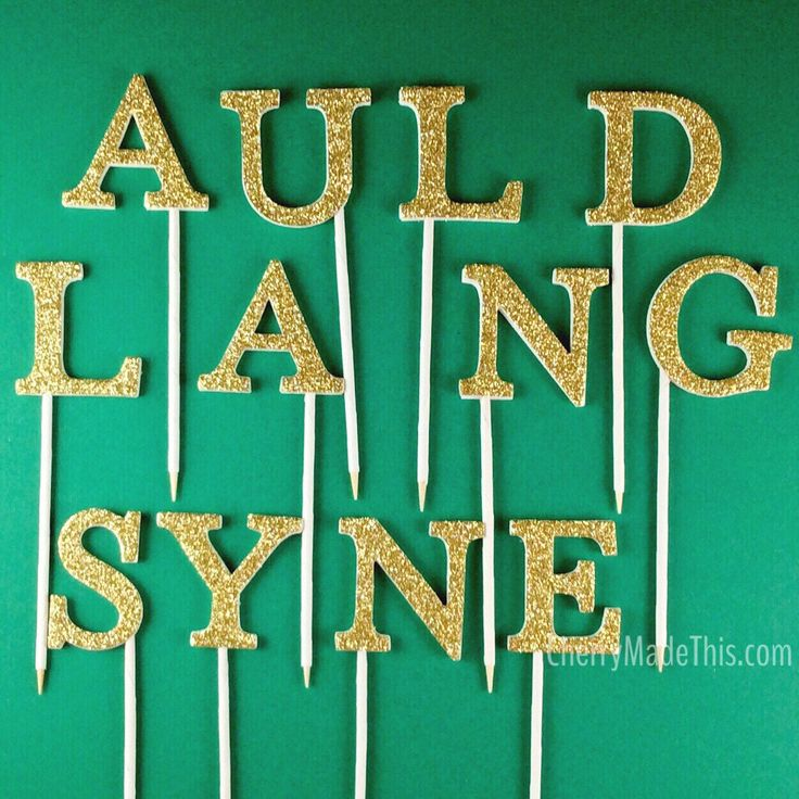 I love it when people get creative with what to spell out on a cake! This is awesome and super organised for the New Year! Cake topper letters spelling Auld Lang Syne from CherryMadeThis. Available in gold and 11 other gorgeous glitter colours.