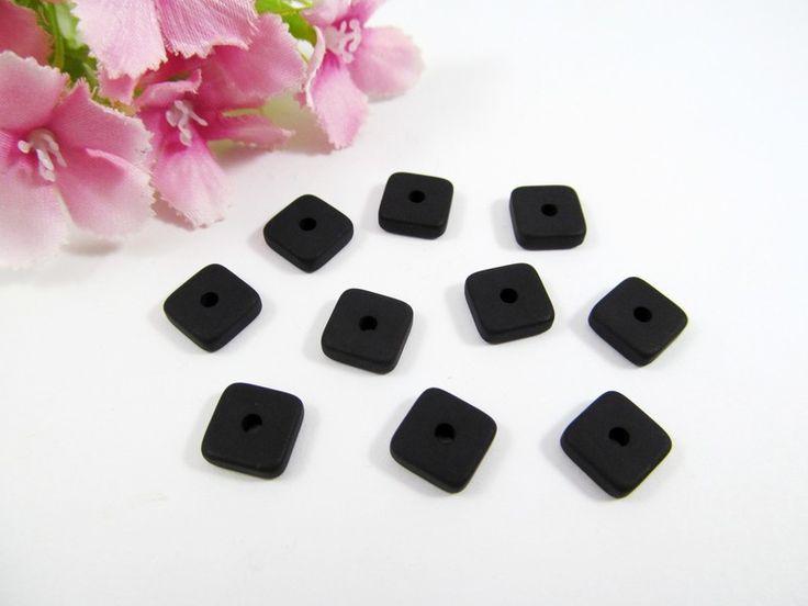 10 Polaris Spacer Quadrat 8x8 mm matt, schwarz von Schmuckes von der Perlenbraut auf DaWanda.com