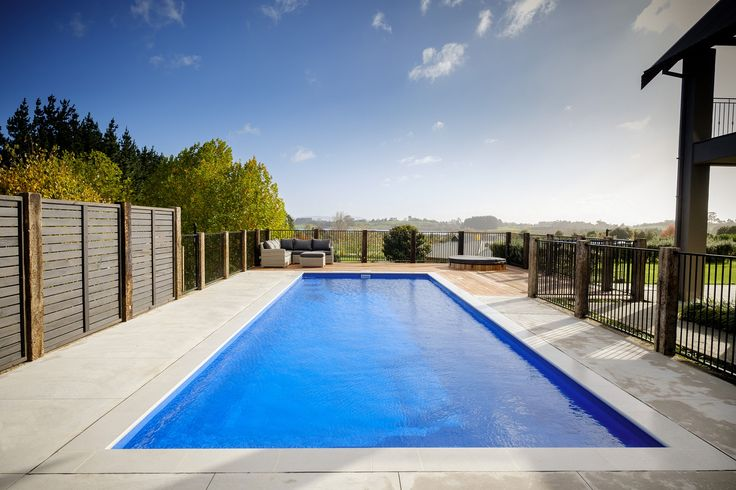 The Grandeur pool is a classic, contemporary fibreglass swimming pool. Visit Narellan Pools to get a free quote from a qualified swimming pool builder.