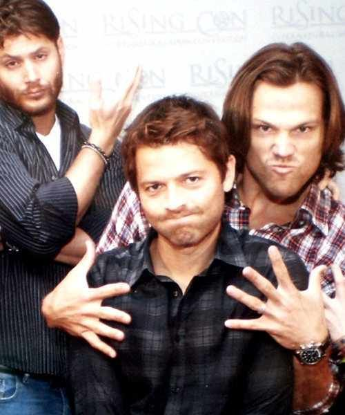 Misha collins shirtless | Misha&Jared - Jared Padalecki & Misha Collins Photo (30125602 ...