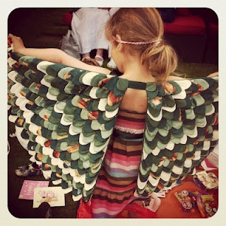 Cool wings but I instantly started thinking of a dress using similar structure.