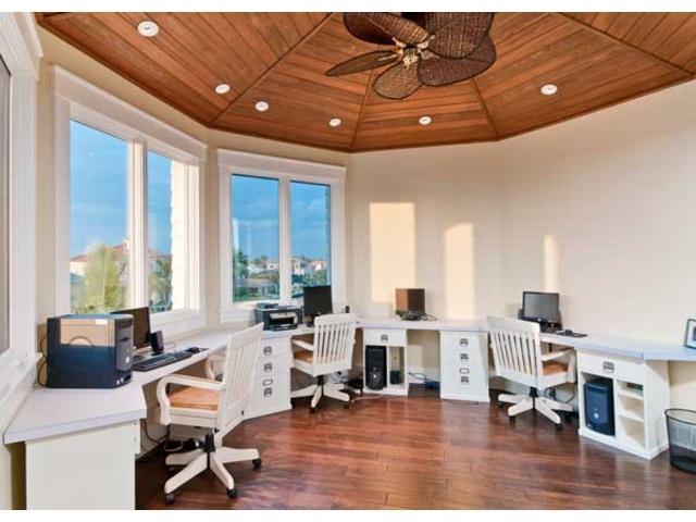 Coastal Home Office Space   Homework Stations   Connors Vanderbilt Beach    Naples, Florida
