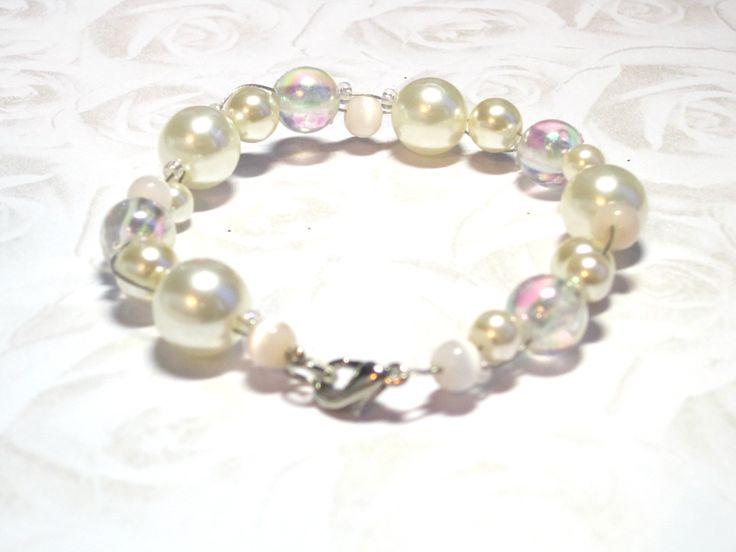 HoT Jewellery - Pearl coloured beaded bridal bracelet - https://www.etsy.com/listing/192809332/shiny-beaded-bracelet