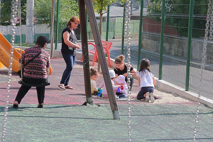Playground for children close to your apartment! http://rpfdevelopment.com/cinci-avantaje-ale-complexului-vitan-residence-2/
