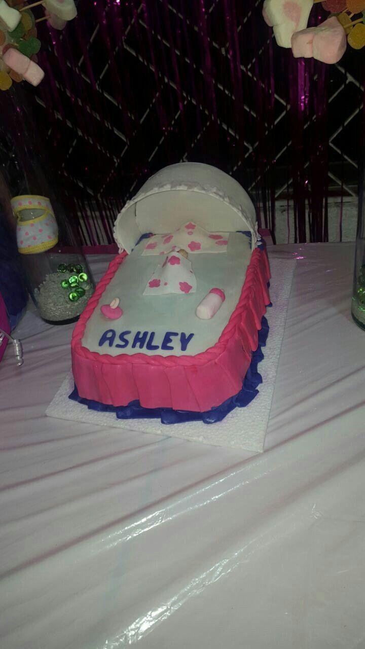 Torta cuna baby shower
