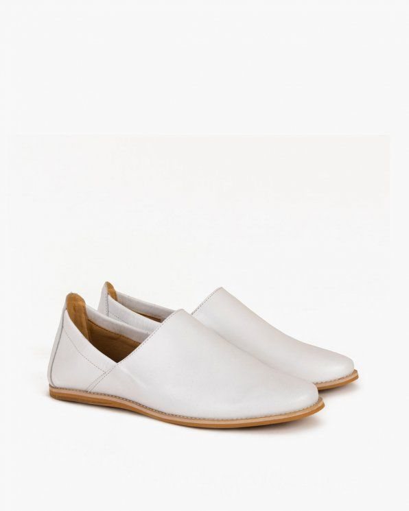 Mokasyny 046 506 Bialy Loafers Shoes Fashion