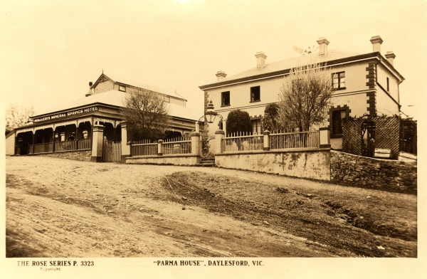 Parma House in Main Road, Hepburn Springs many years ago, looks similiar to what it does now. Next to Parma House was the Hepburn Springs Hotel.  This photo was taken between 1920 and the1950s.