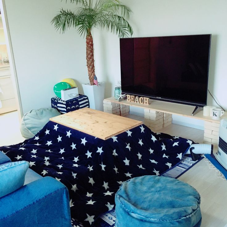 このコタツ布団はしまむらです。正方形は2900円、長方形は3900円でしたよ♡星柄好きならおすすめです♡/しまむら/IKEA/賃貸/デニムクッション/観葉植物/WTW…などのインテリア実例 - 2015-12-09 15:46:52 | RoomClip(ルームクリップ)