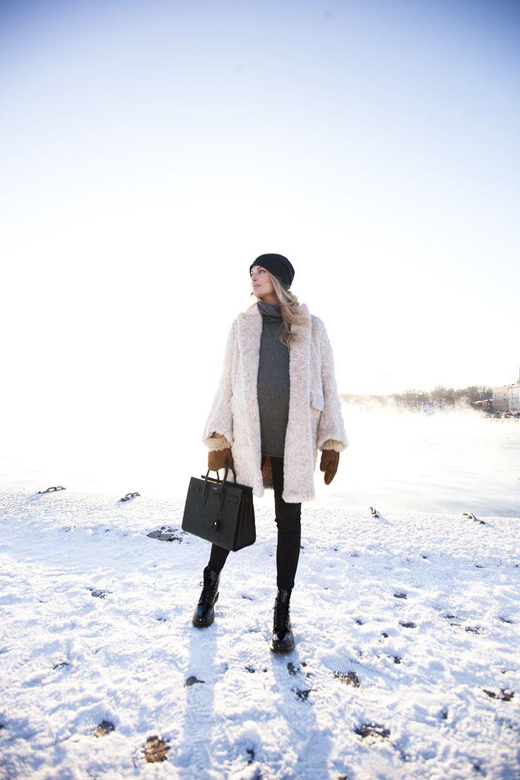 coat and maternity jeans hm // knit andiata // bag saint laurent // shoes dr martens // beanie cos | Sofia Ruutu