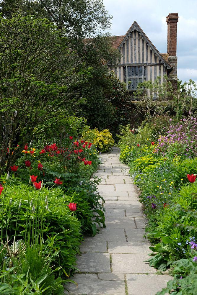 Die besten 17 ideen zu englisches landhaus auf pinterest englische herrenh user englische - Englisches gartenhaus ...