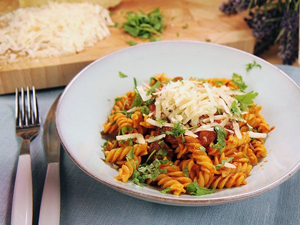 Långkokt högrev i tomatsås | Recept.nu
