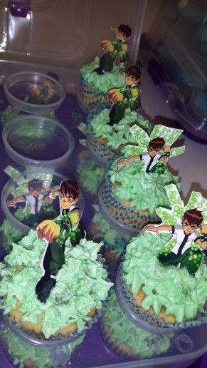 Ben10 cupcakes by Crèmè de la crèmè Cupcakes