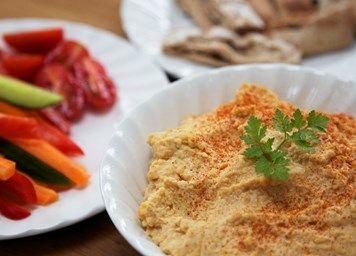 Quick & easy homemade hummus | Healthy snacks | Lemon Squeezy