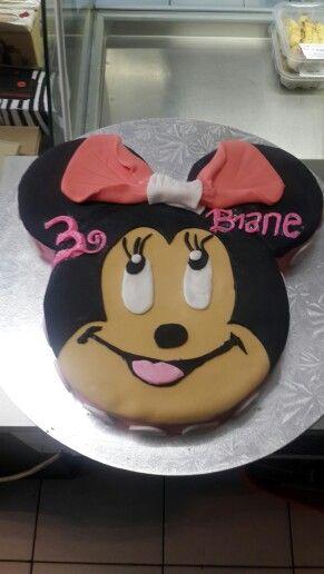 Mini mouse novelty cake