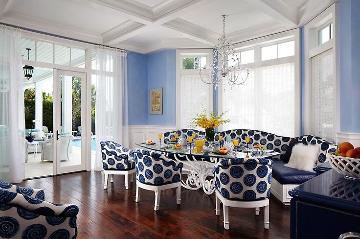 A blue and white dining set from Grafton Furniture gives a playful vibe to this kitchen. #luxeFL
