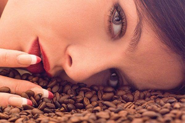 فوائد ماسك القهوة وزيت الزيتون والسكر للوجه مع تجربتي مجلة العزيزة