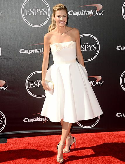 Erin Andrews looked lovely in a strapless white dress at the 2014 ESPYS. Her Swarovski clutch and ankle strap sandals complete the look!