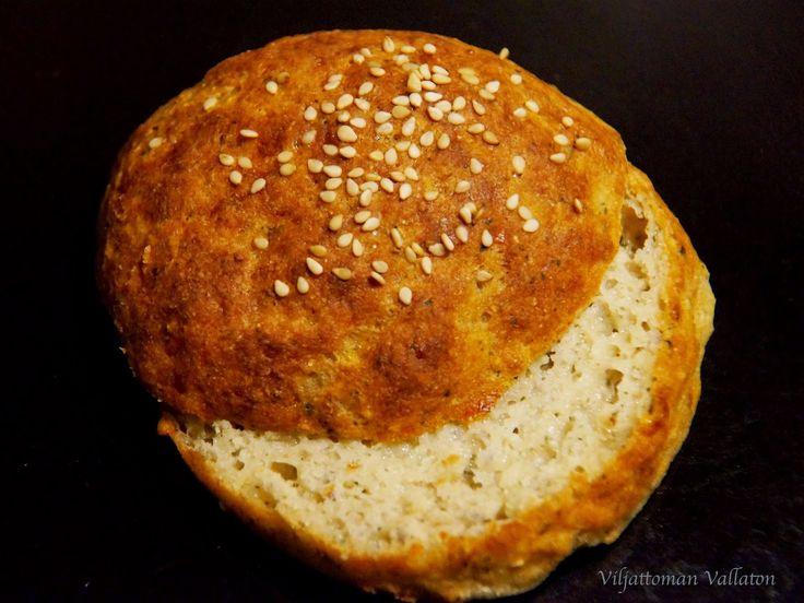 Viljattoman Vallaton: Gluteenittomat juustosämpylät
