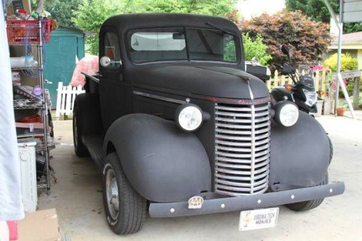 1939 Chevrolet, Pick-Up  26995.00 USD  1939 Chevrolet Pickup classic,already set up, new 350 crate mo. still under warrenty'350 auto.turbo trans. still under warr. power stering,power brakes, no rust in body, body orginal,made it threw the war. A lot of work, new wiring, elderblock man. holly carb., roll out wind shild, headers with flow master exhaust.want last long, all it needs is paint job.  http://www.collectioncar.com/detailed.php?ad=52975&category_id=1