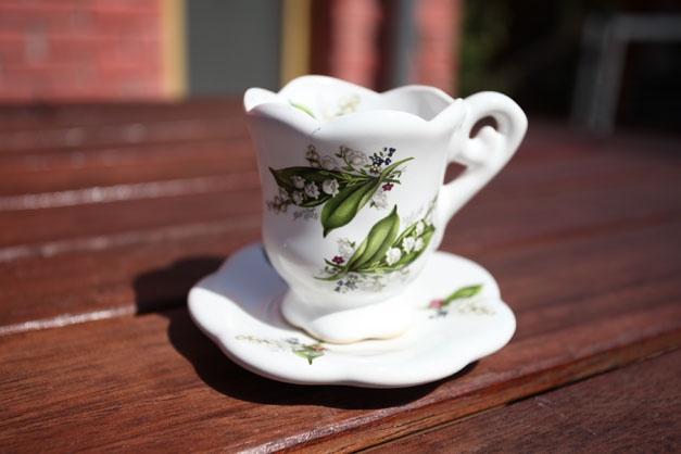 Cup with saucer medium - decorated cup and saucer set medium.