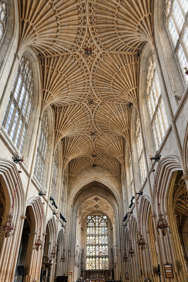 Bath Abbey / England. By Peter Ellison.