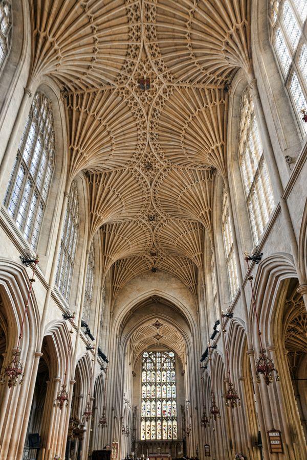 Bath Abbey / England. By Peter Ellison.