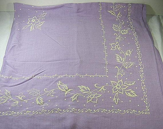 Vintage LAVENDER LINEN TABLECLOTH with Flowers    by LavenderGardenCottage easyLavender Farms, Lavender Teas, Embroidery Pattern, Holy Communion, Dreams Cottages, Lilac Cottages, Lavender Linens, Lavender Dreamin, Lavendergardencottag Easy