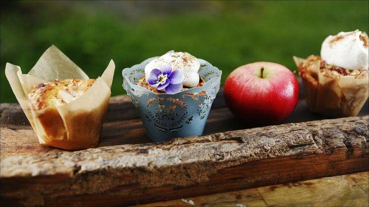 Eplemuffins med brunet smør og vaniljekrem - med god og fyldig smak.