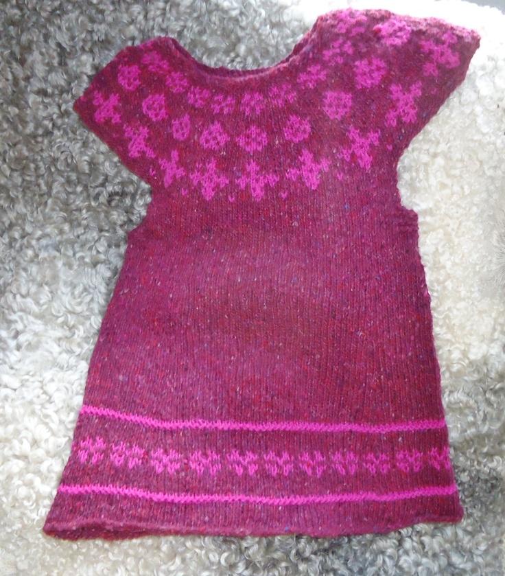 Folk tweed yarn