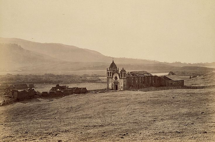 Misión de San Carlos Borromeo de Carmelo, fotografiada en 1899. Junípero Serra y las misiones de California | Diseñar America