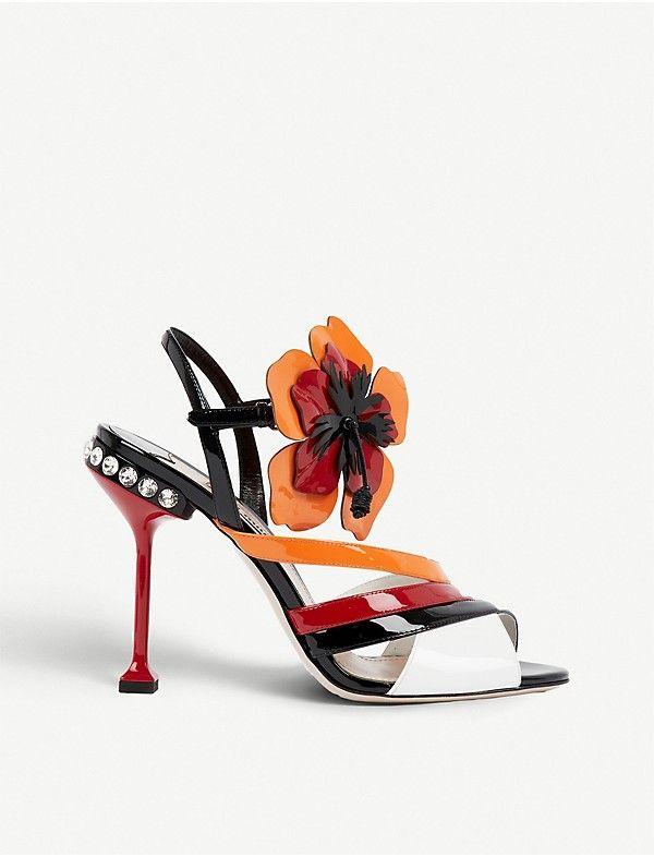 6e2fc7087606 MIU MIU - Floral-appliqué patent-leather sandals