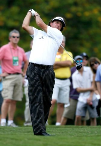 PGA Leaderboard 2013: Waste Management Phoenix Open Golf Tournament, Phil Mickelson Goes Low