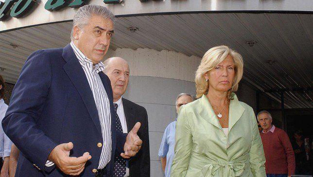 وفاة رئيس ريال مدريد السابق بسبب كورونا In 2020 Single Breasted Suit Jacket Suit Jacket Suits
