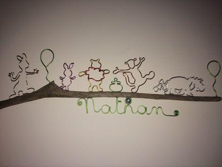Suspension murale lapin cochon ourson tigre âne ballons bois flotté et fil d'aluminium prénom personnalisable : Décoration pour enfants par des-cailloux-et-des-batons