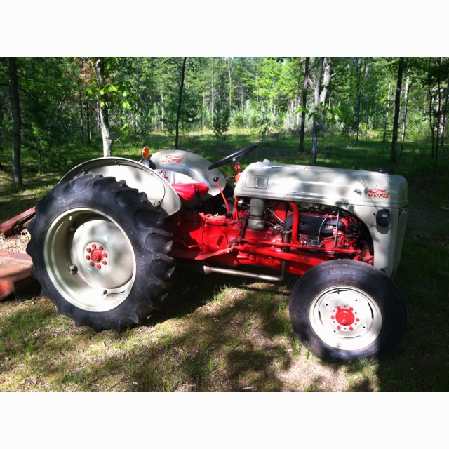 9n Ford Tractor For Sale: 44 Best Images About Ford 9N And 8N Tractors On Pinterest