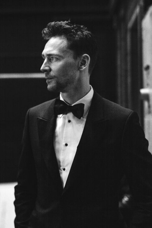 Tom Hiddleston is my headcanon for Erik. Yes, I know he's extremely handsome, but I think he'd definitely be game for sporting a good deformity, and he plays the psychotic yet sympathetic antihero so well that it seems like the role would be a natural fit. He would be terrifying yet pitiable.