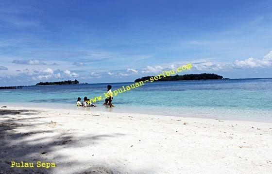 Travel Pulau Seribu Island