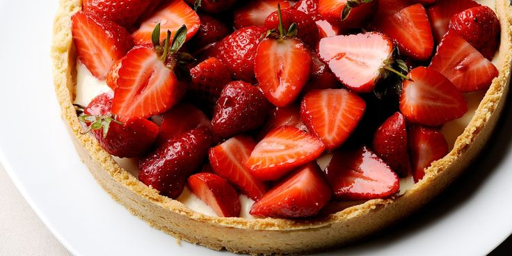 This strawberry tart recipe is from legendary chef, Pascal Aussignac. It is a simply perfect strawberry tart recipe that brings out the very best in Strawberries