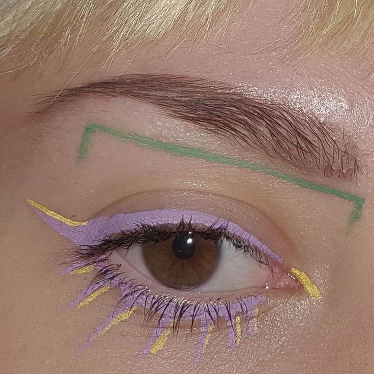 Lavendar eyes and yellow details.