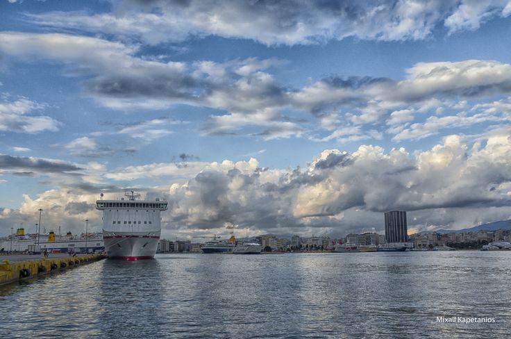 Το μεγάλο Λιμάνι.....