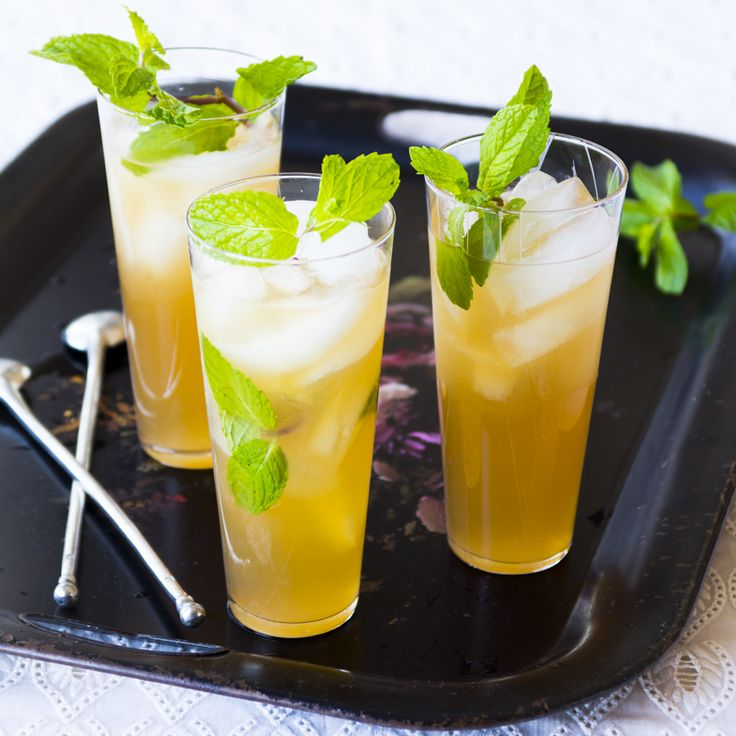 Ricky Bobbies by healthyseasonalrecipes: Simple and as quenchingly quaffable as they look. Make a pitcher, invite some friends over! Cheers! #Cocktails #Ricky_Bobby