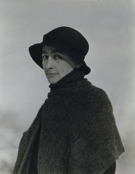 Georgia O'Keeffe by Alfred Stieglitz. © Georgia O'Keeffe Museum
